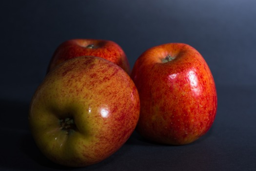 apple-3542354_1920.jpg